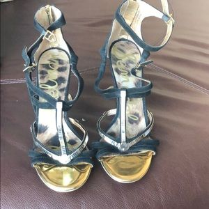 Fancy Sam Edelman heel with gold accents sz9.5